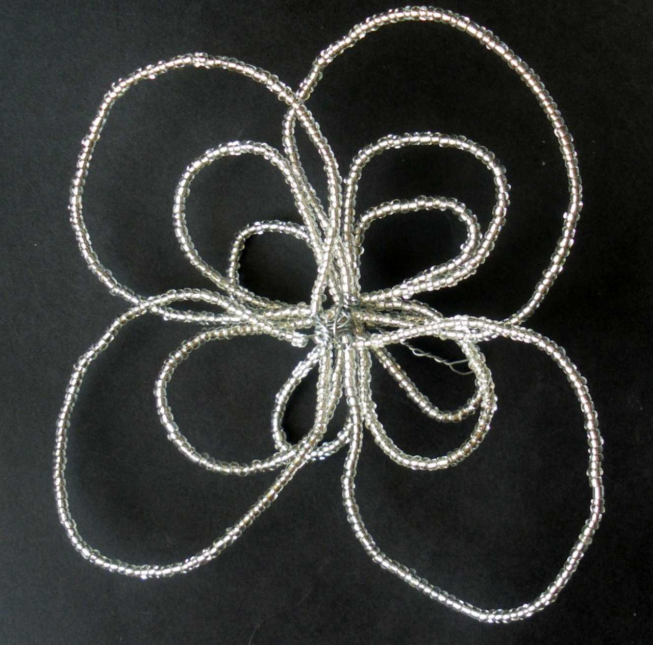 Wirechic Fantasy Beaded Christmas Star Decoration - Silver